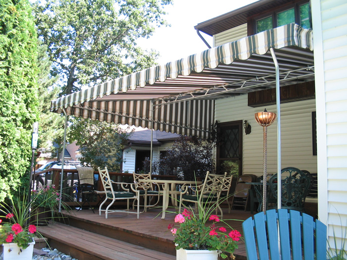 Patio Awnings Photo | Custom Covers & Canvas